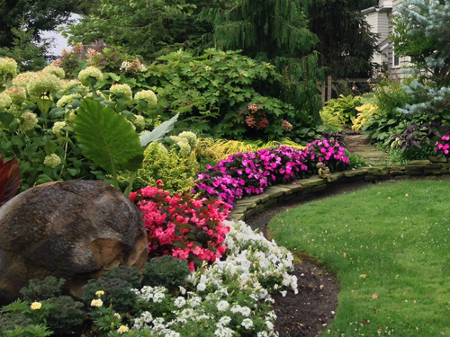 Maple Leaf Landscaping Design Services